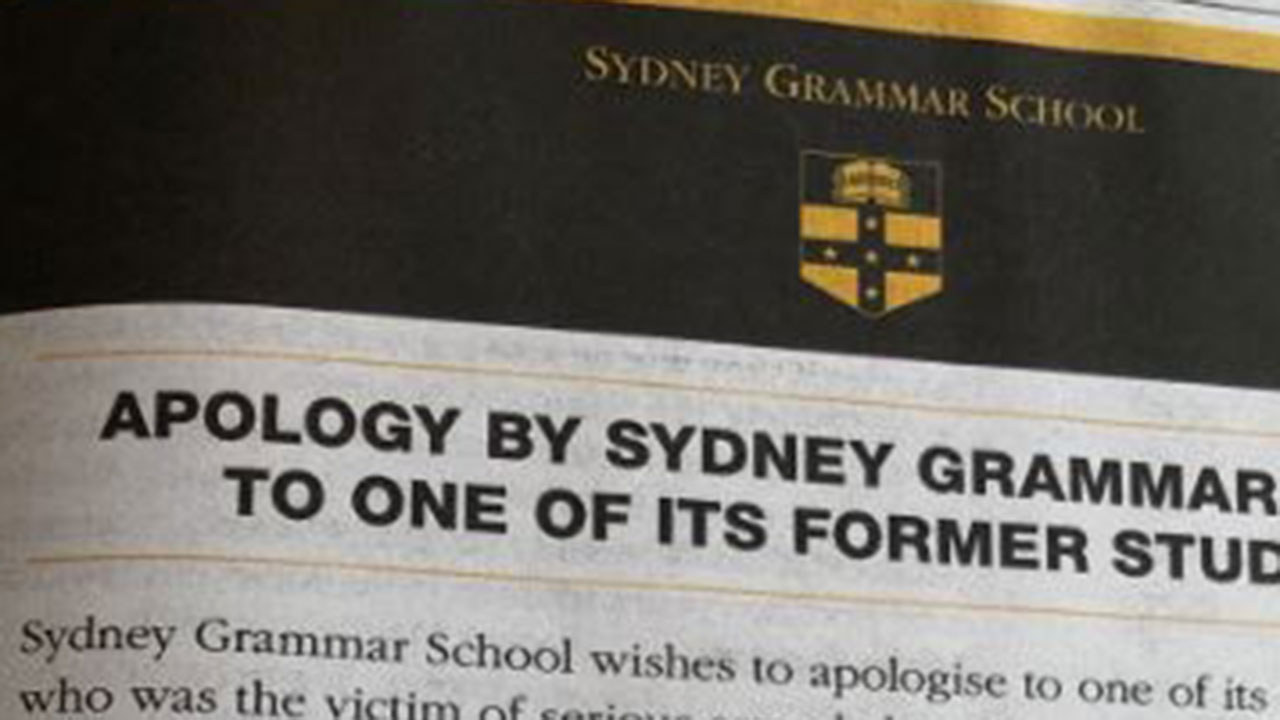 """Elite Sydney school issues """"extraordinary"""" apology to student in newspaper"""