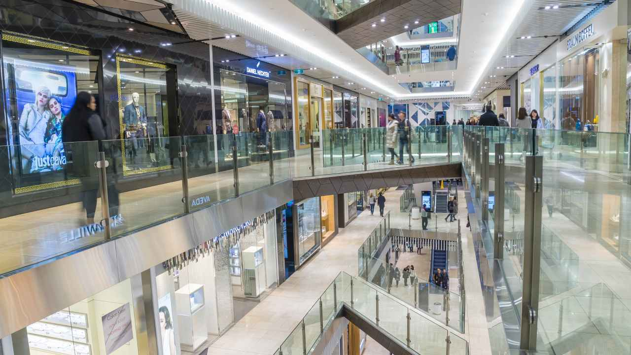 The sneaky shopping centre tactics designed to get you to stay