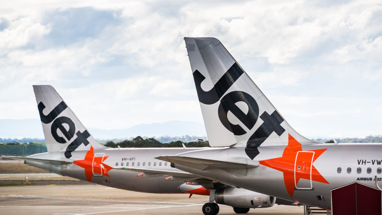 """""""Never been treated so poorly"""": Stranded man's fury at Jetstar after cancelled flight"""
