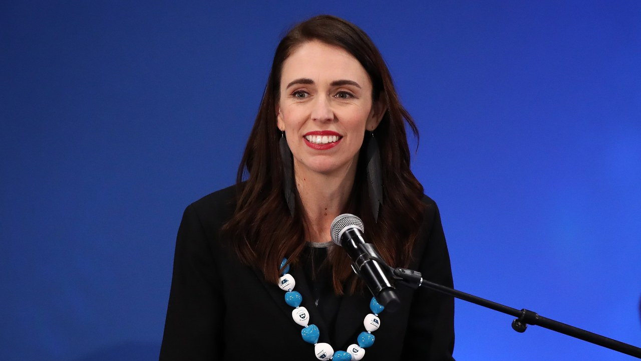 """""""Absolutely incredible"""": Jacinda Ardern stuns the world in two minutes"""