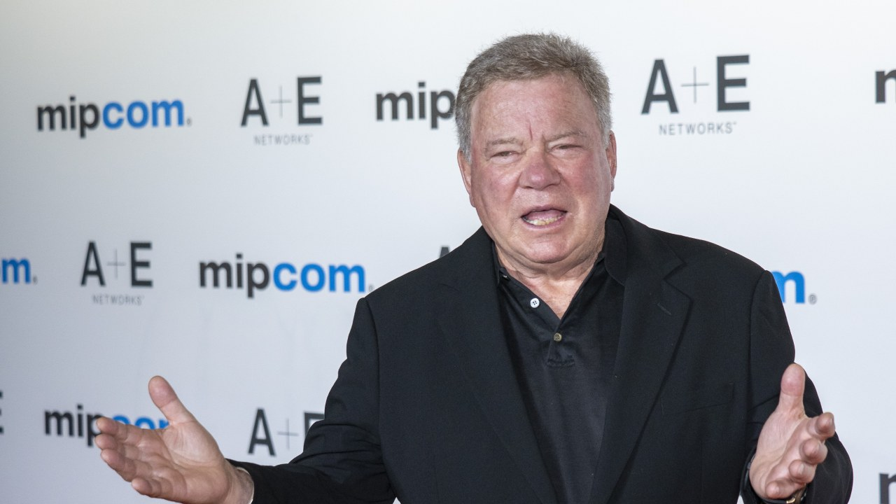 William Shatner hits out at millennials in Twitter feud