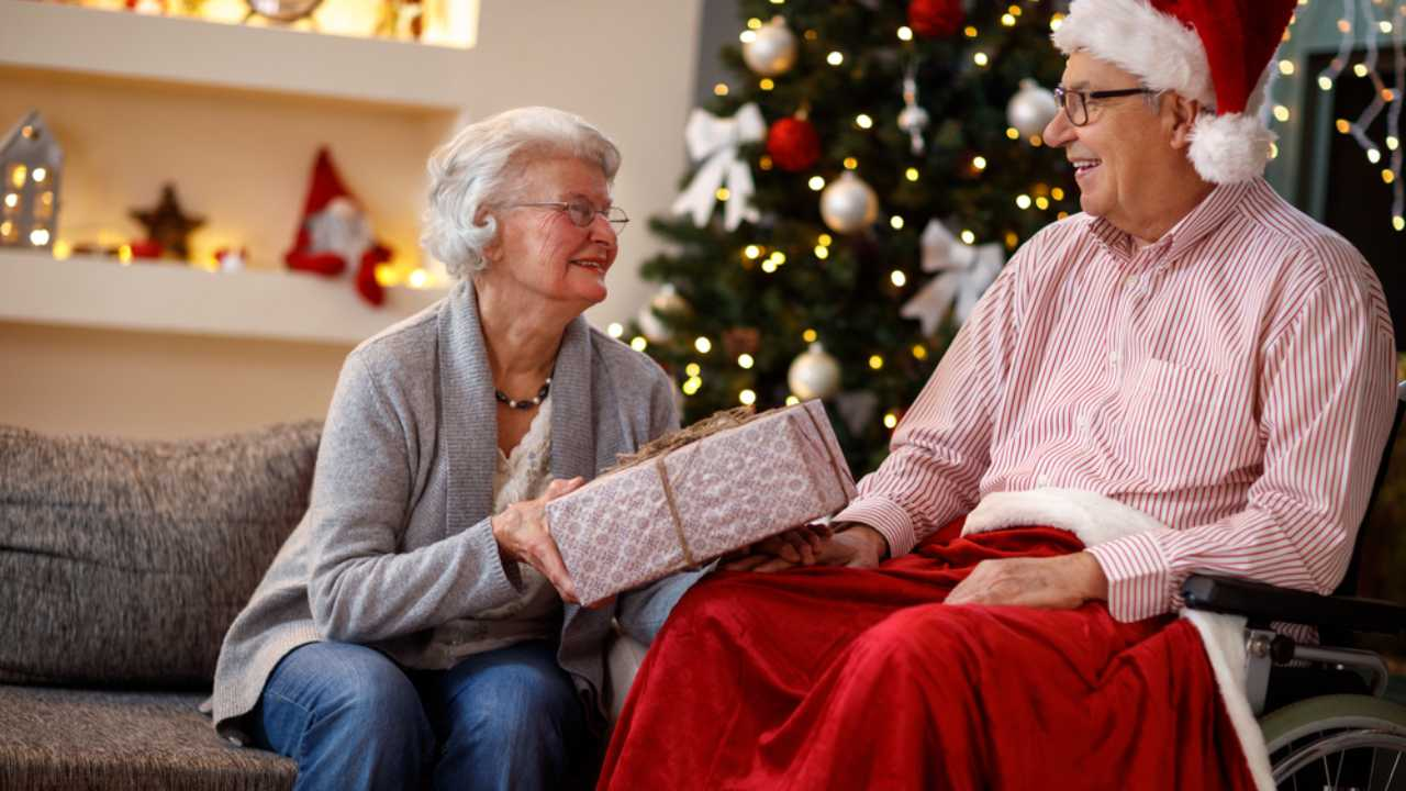 How best to celebrate Christmas with a person with dementia