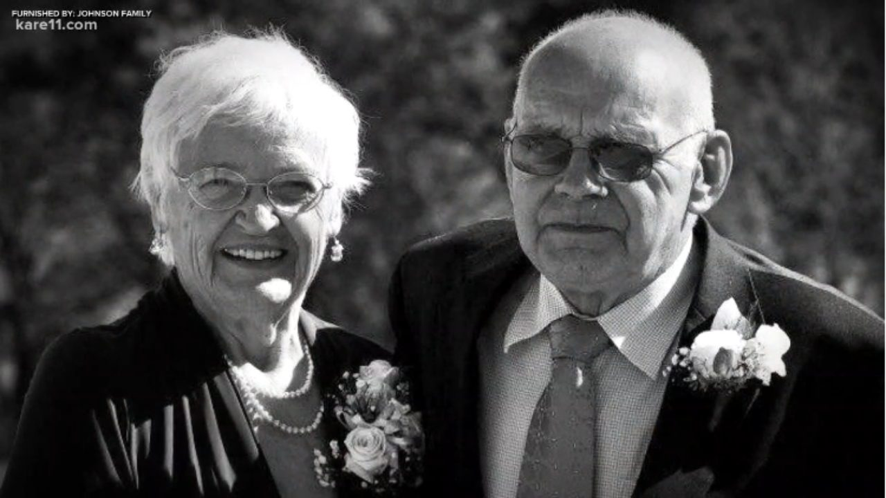 Couple dies 33 hours apart after being married for 68 years