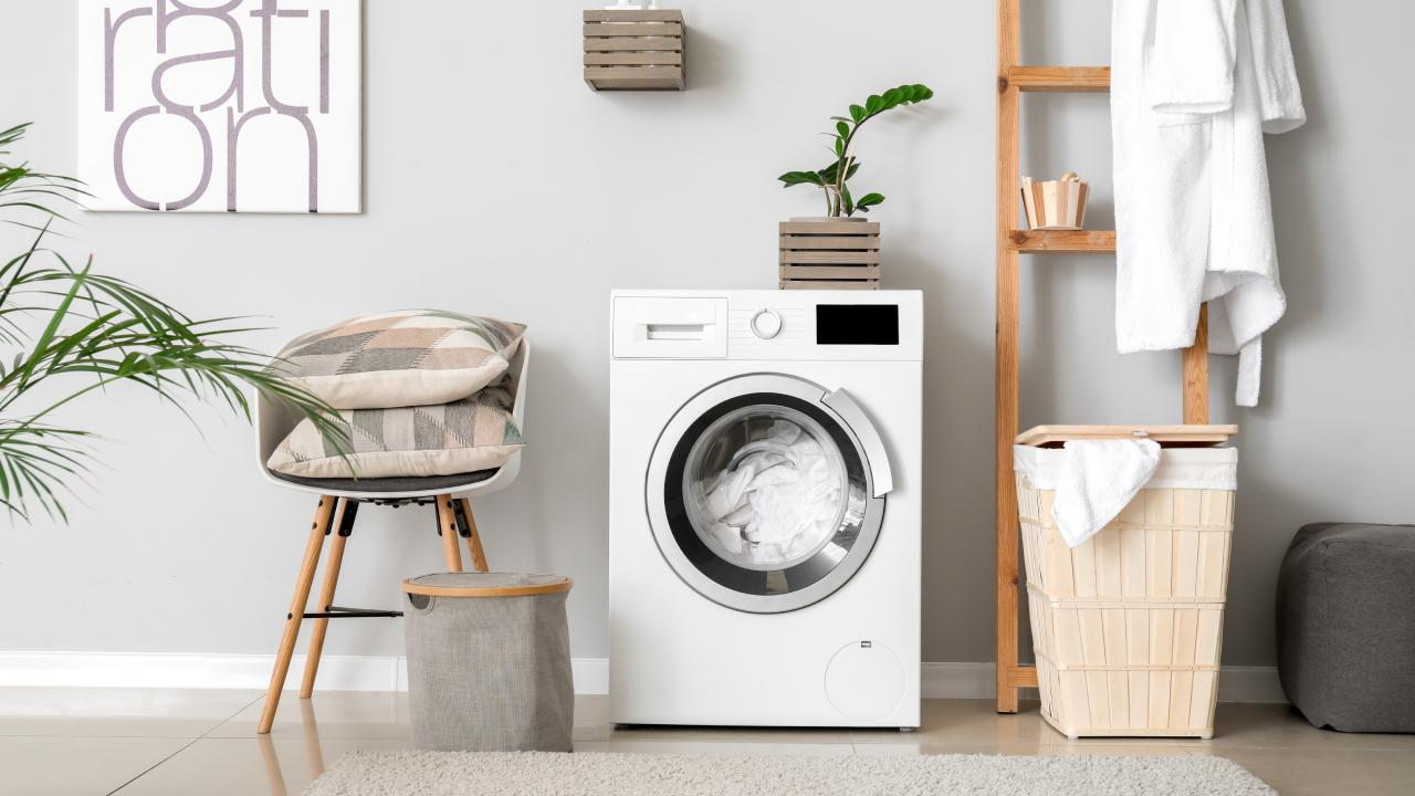 6 things you never knew you could put in the washing machine