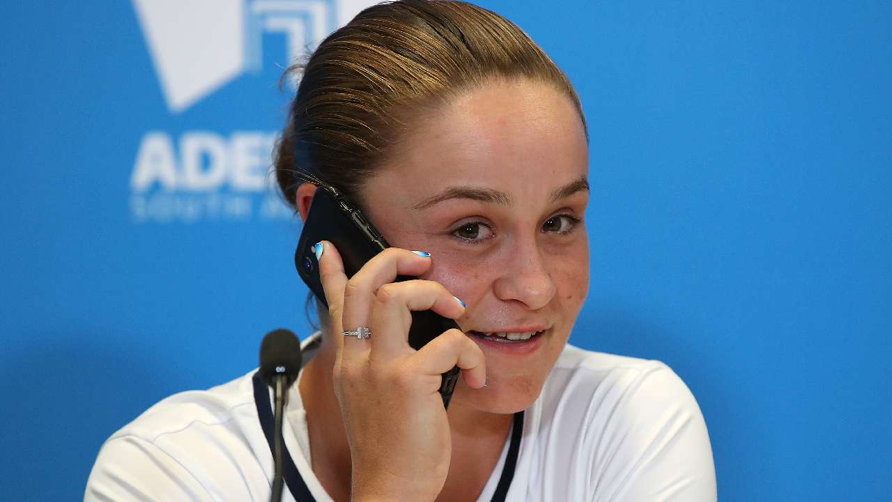 Ash Barty answers reporters phone in utterly hilarious exchange