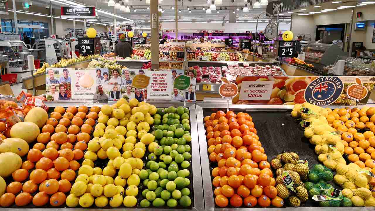 """""""Tough times"""": Here's how much fresh food prices will leap due to bushfires and drought"""