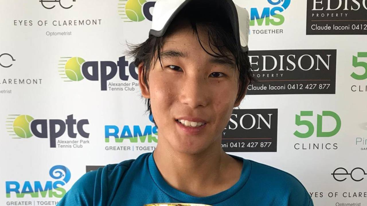 Australian tennis prodigy dies after collapsing on court