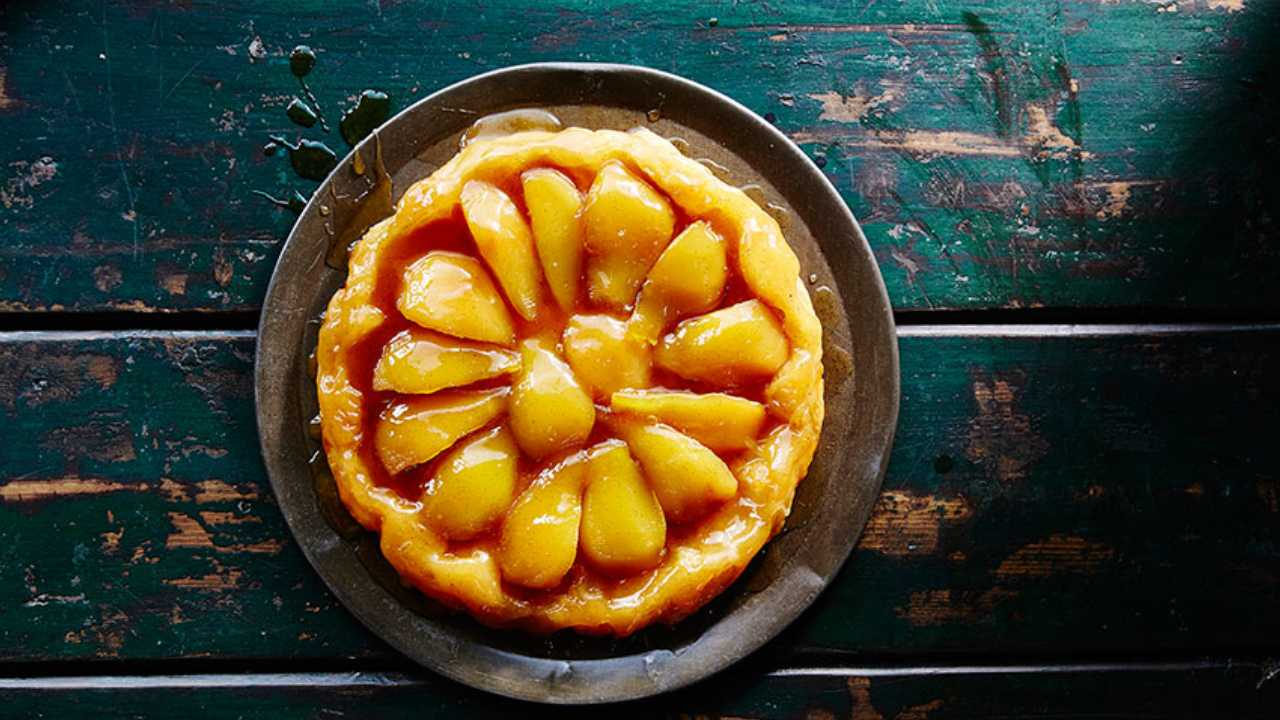 Enjoy a tasty pear tarte tatin