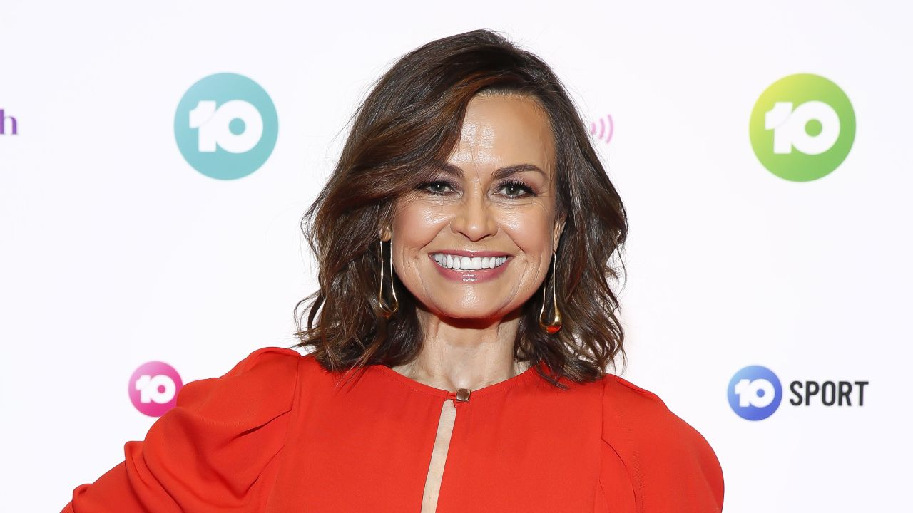 """Lordy, what WAS I thinking?"": Lisa Wilkinson's different looks throughout the years"
