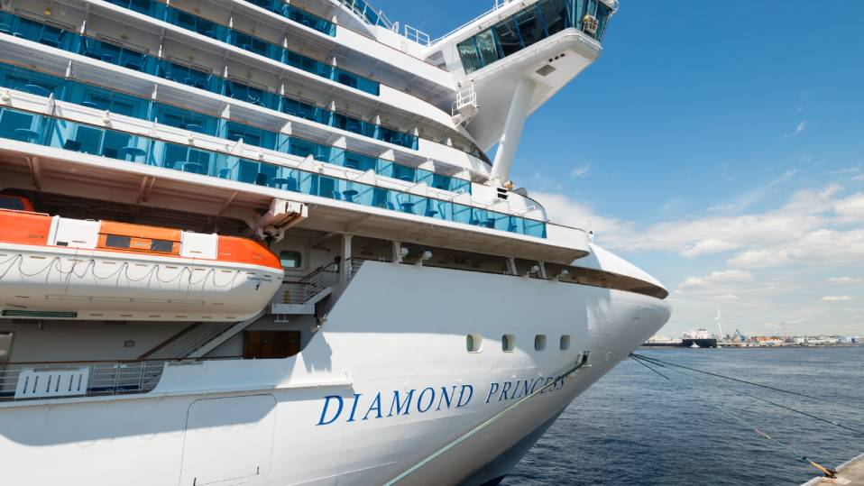 Australians on board the Diamond Princess need to go into quarantine again: It's time to reset the clock