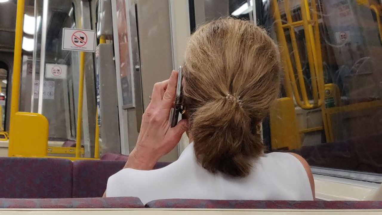 """""""These people are a******s"""": Post about quiet carriage sparks heated debate"""