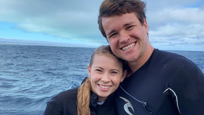 I do ... quickly! Bindi Irwin beats lockdown ban with rushed wedding