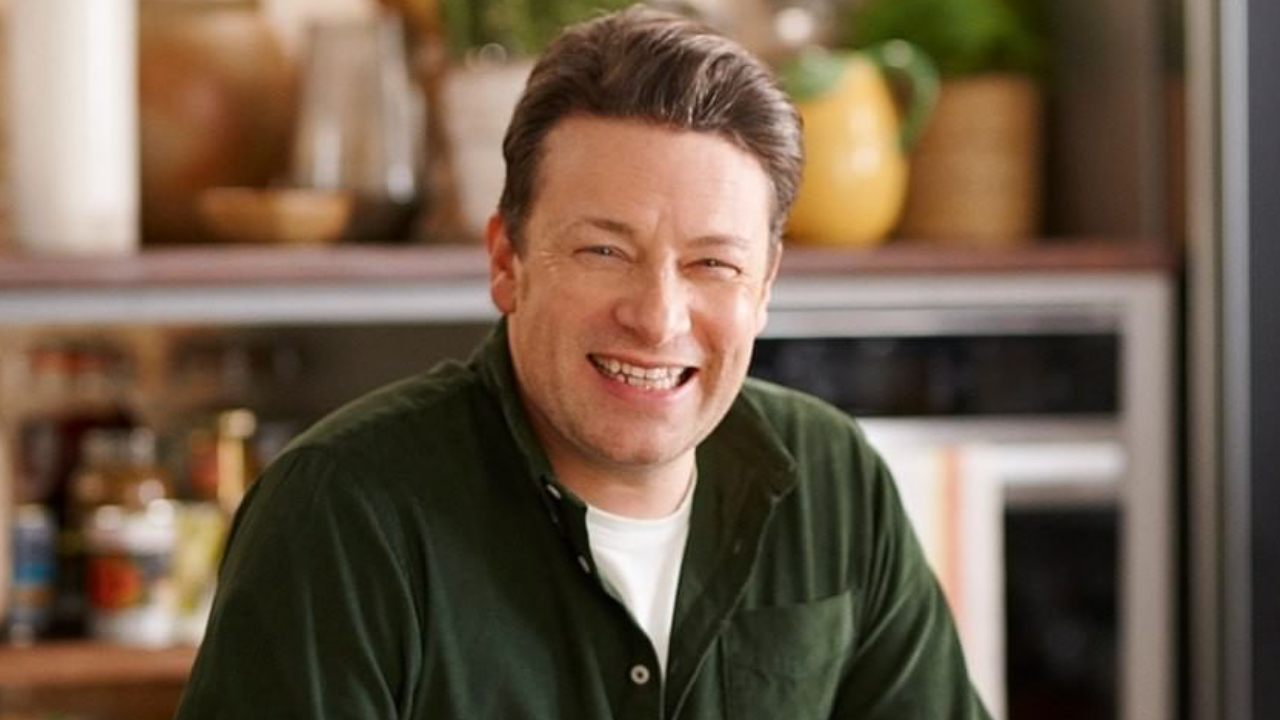 Jamie Oliver to the rescue with easy homemade bread recipe
