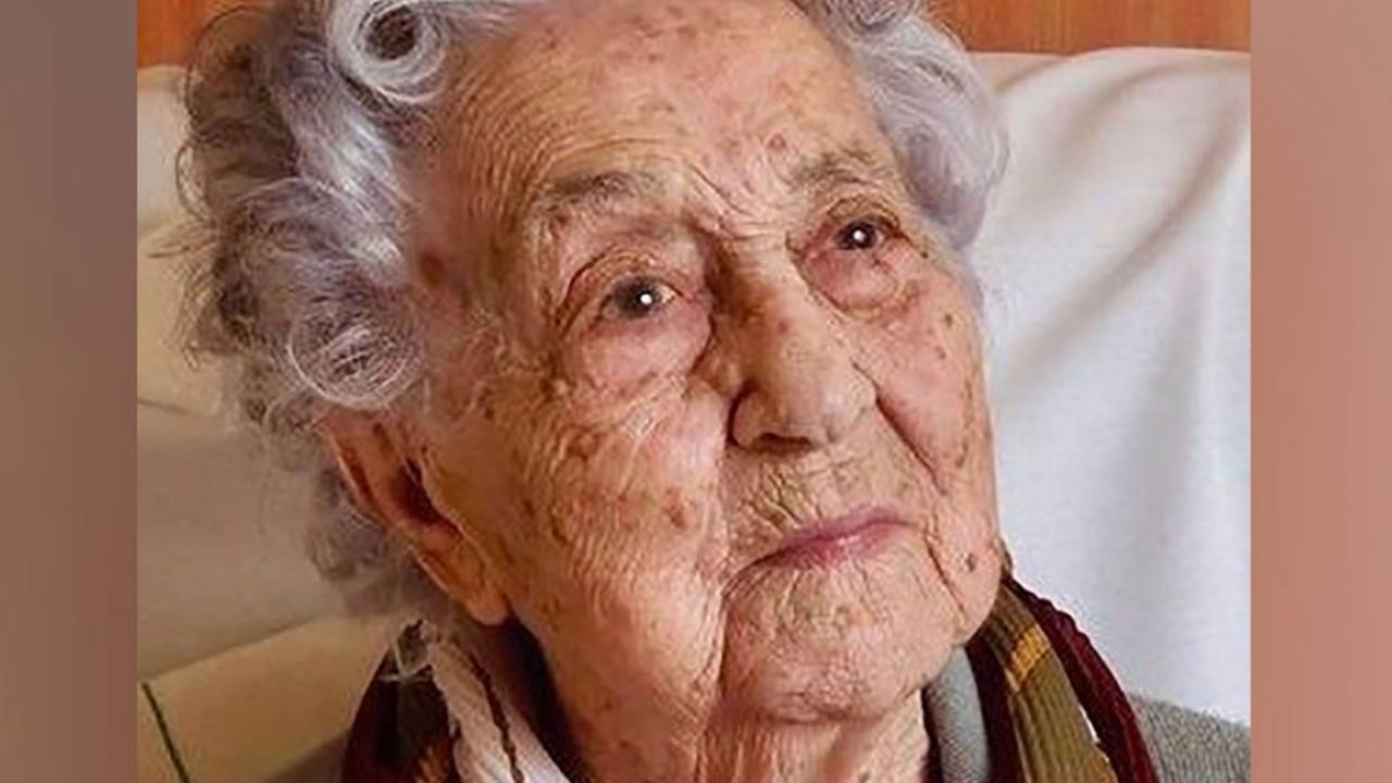 113-year-old woman becomes oldest person in the world to beat coronavirus