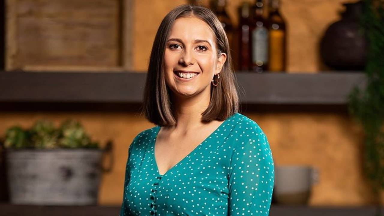 """MasterChef's Laura Sharrad hits back at trolls who say she """"cooks too much pasta"""""""
