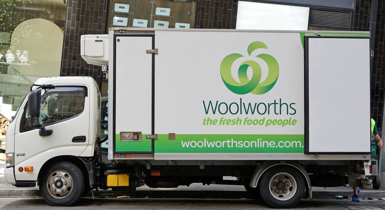 """House-bound shopper slams Woolworths over """"unbelievable"""" delivery blunder"""