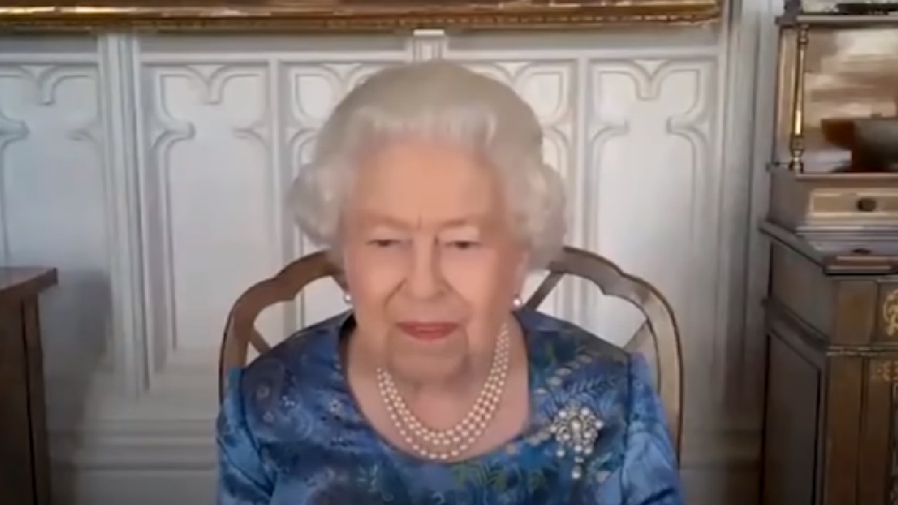 The phone call that had the Queen giggling