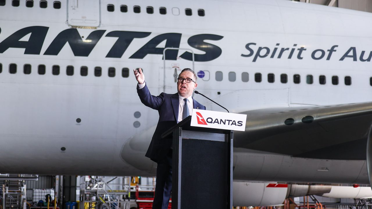 Qantas boss reveals when Aussies will be able to travel overseas