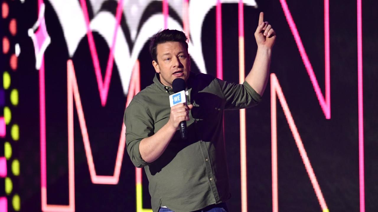 "Jamie Oliver confirms the correct way to abbreviate ""spaghetti bolognese"""
