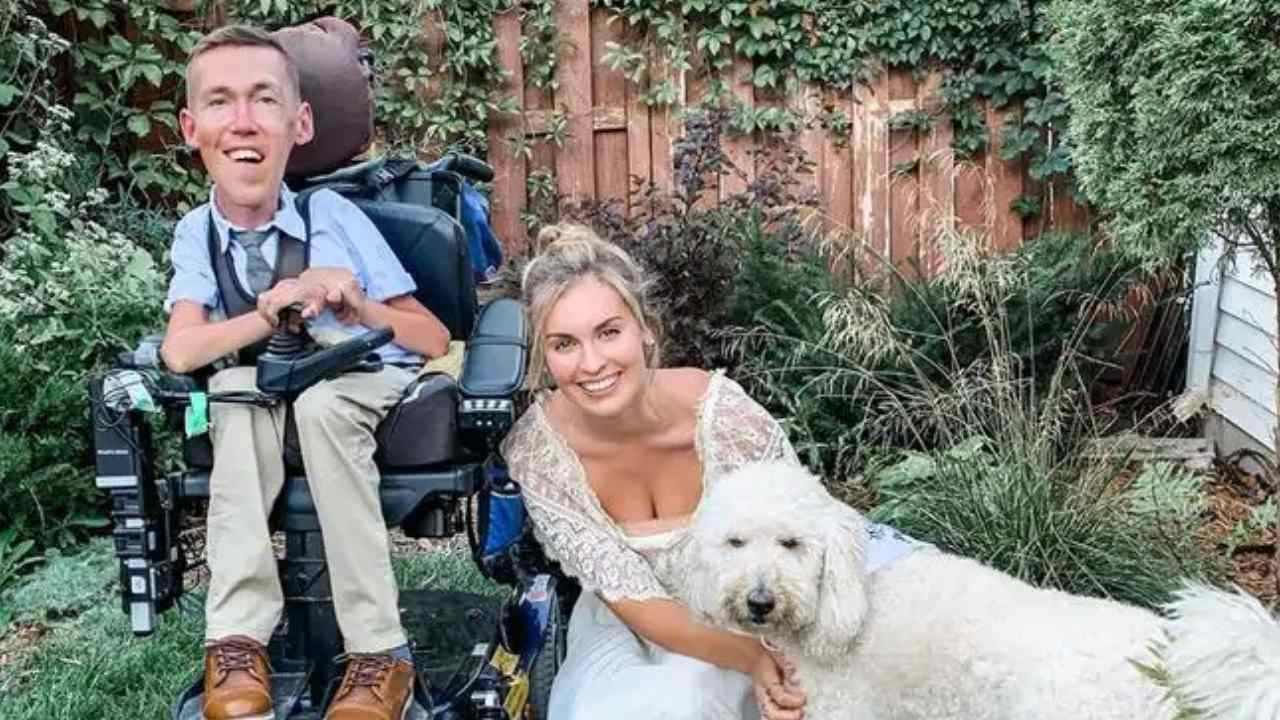 """""""Our marriage is not fake"""": Bride responds to online abuse"""