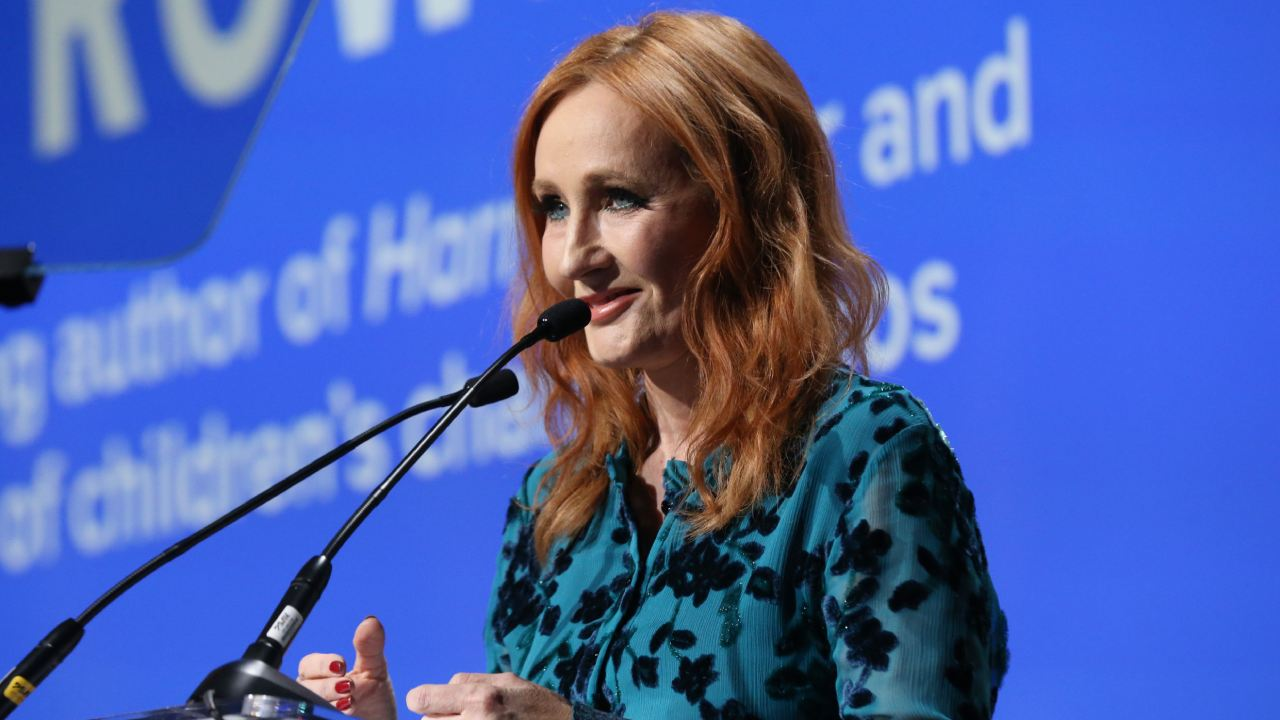 "Outraged fans announce ""death"" of J.K. Rowling"