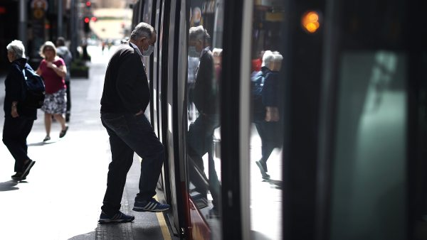New virus fears for thousands of commuters