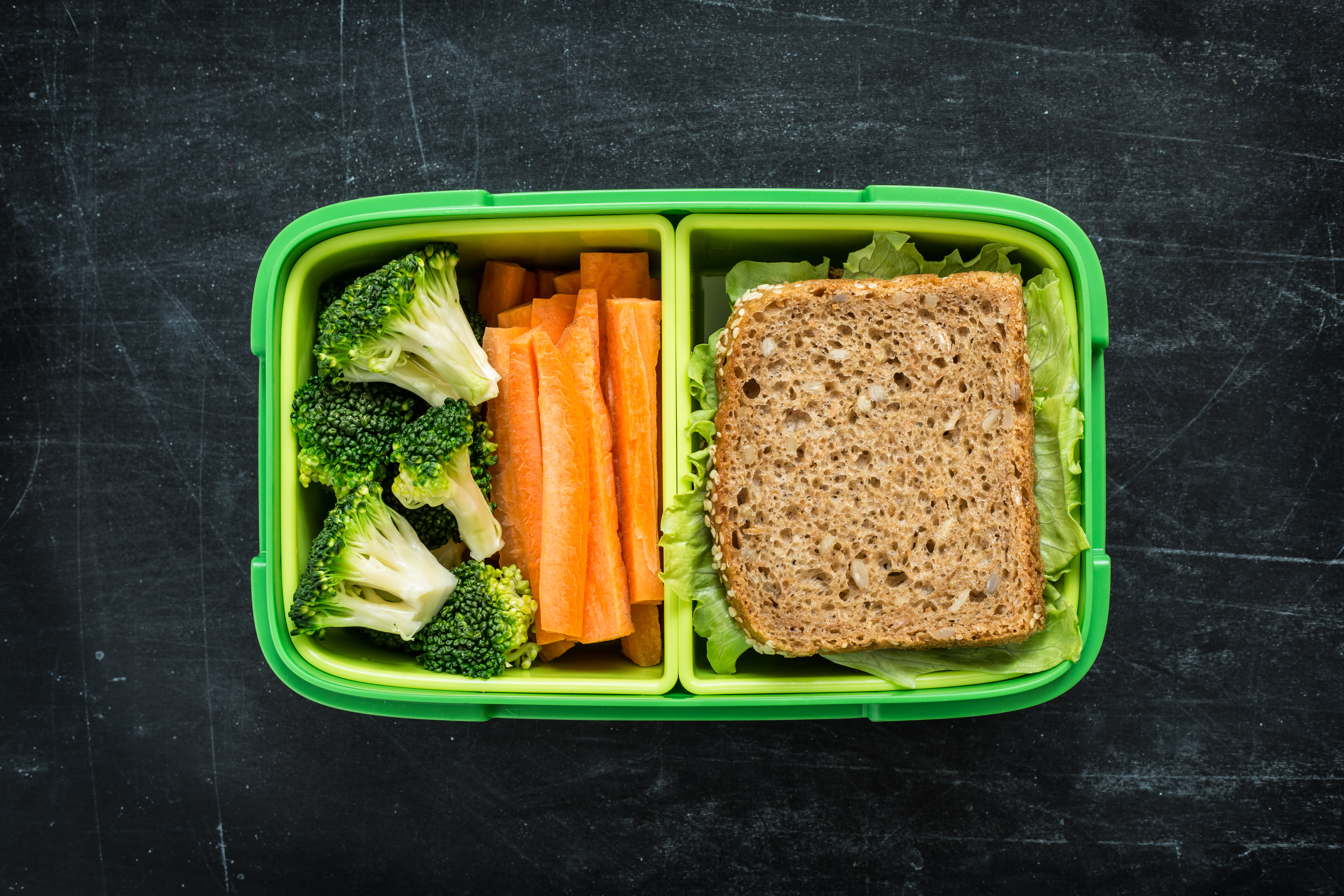 Furious dad told to tone down kid's lunch box