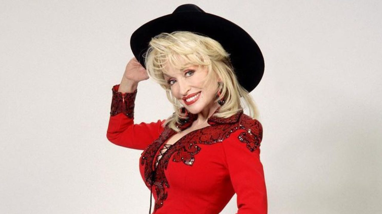 "Dolly did it! Fans praise Dolly Parton for ""curing coronavirus"""