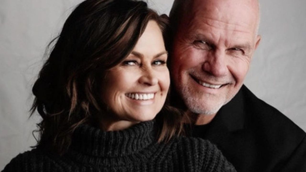 Lisa Wilkinson sweetly reveals how she met husband Peter FitzSimons