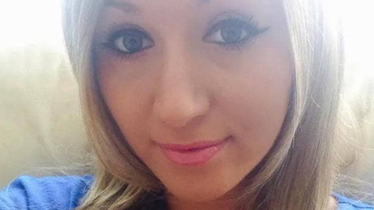 22-year-old dies of cervical cancer after GPs turned her away 15 times