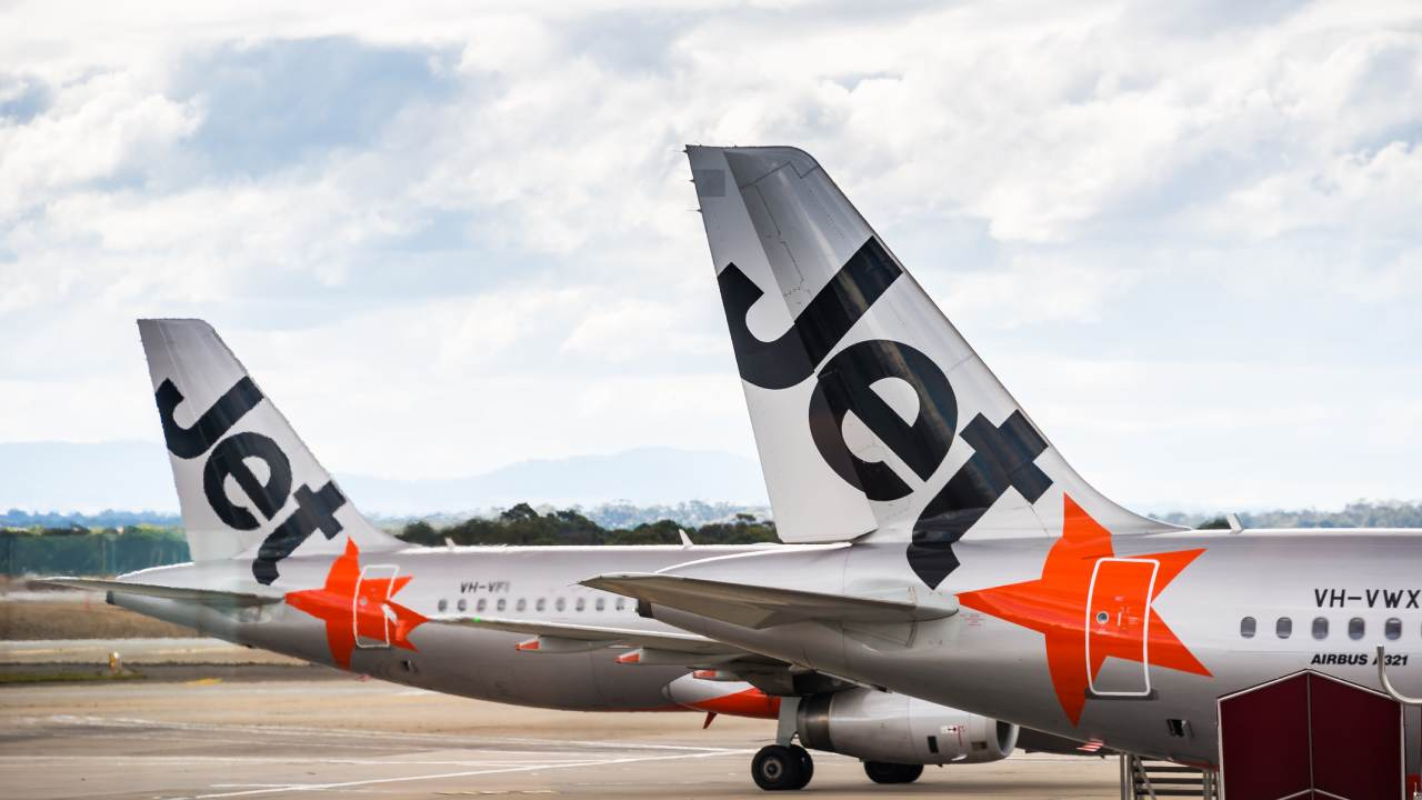 Jetstar launches massive Christmas sale