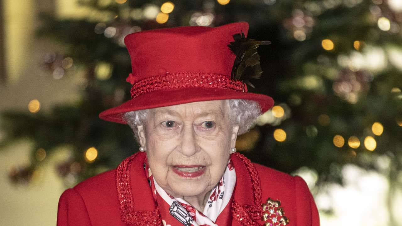 Queen Elizabeth hopeful for 2021 in special message