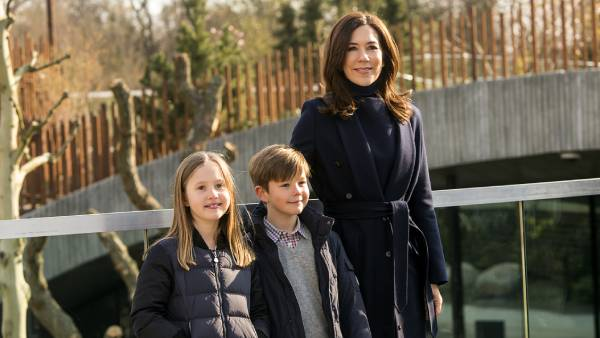 Princess Mary's twins celebrate 10th birthday with new photos