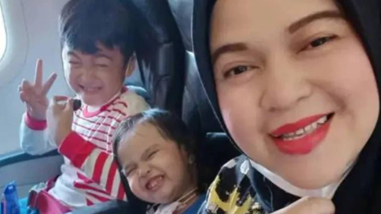 Heartbreaking final words from mother aboard lost flight