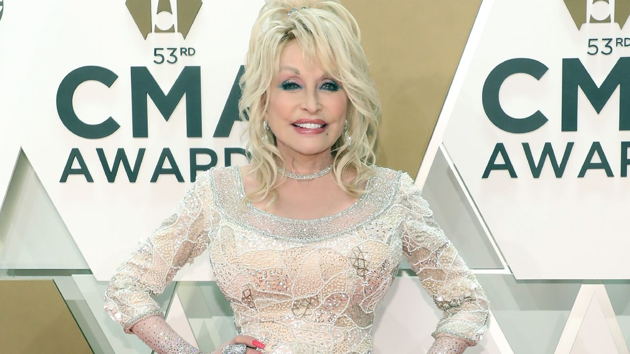 Dolly Parton hasn't received vaccine despite donating $1 million