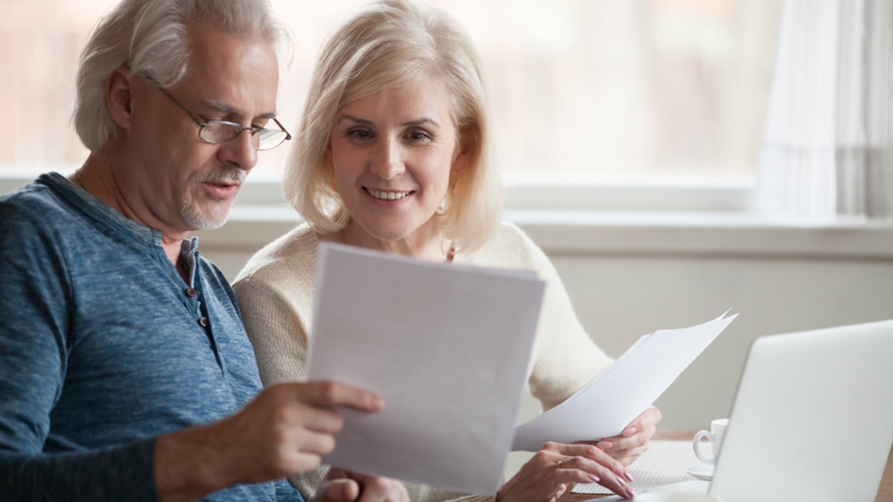 Seniors' tips for switching energy providers