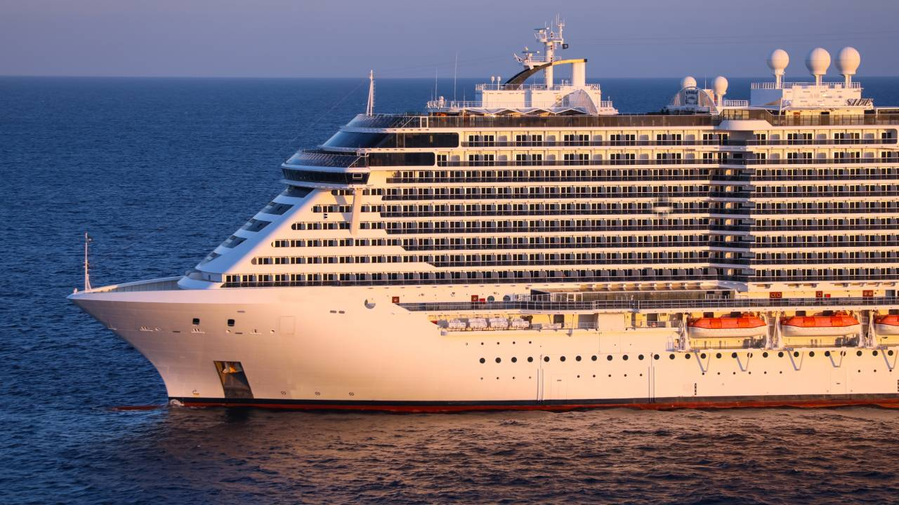 Man jailed for strangling partner with towel on cruise ship