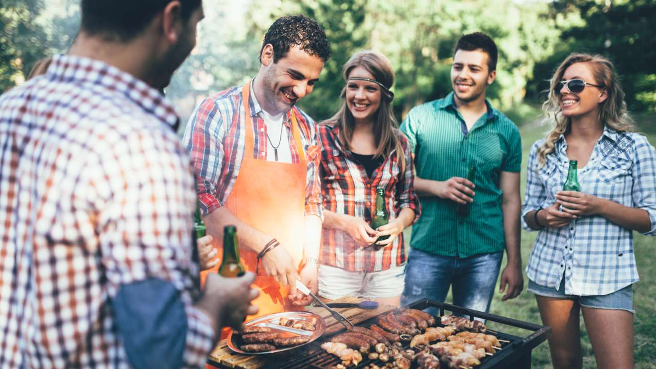 New research shows boozy BBQs are bad for you