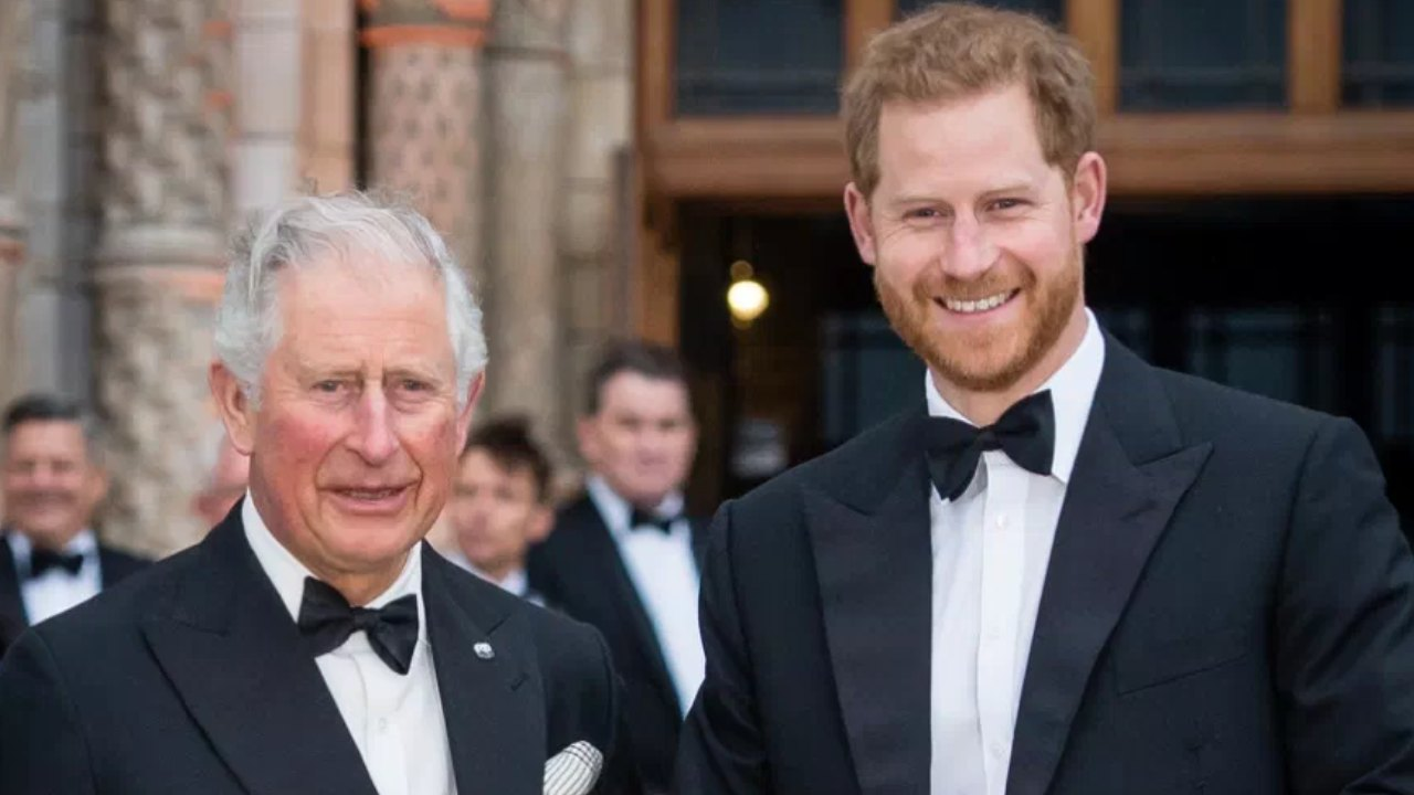 """Prince Charles """"deeply hurt"""" and seeking comfort in Camilla"""