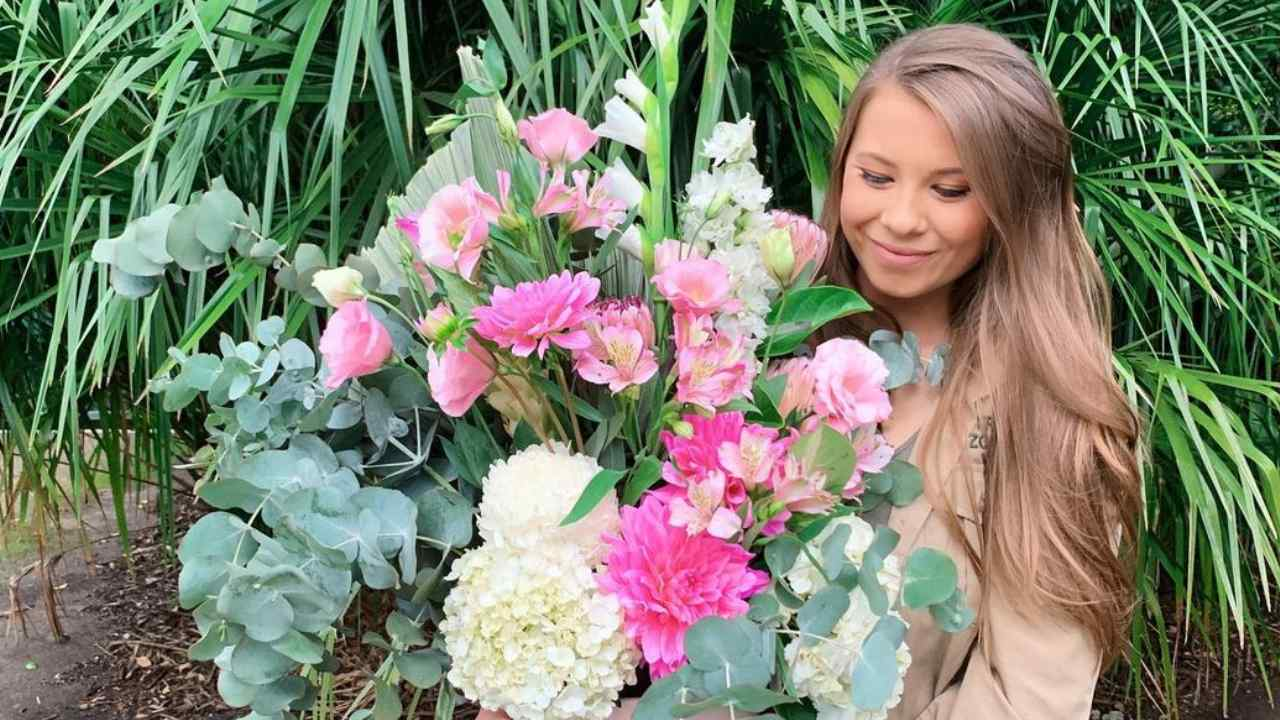 "Bindi Irwin finally reveals due date and ""special project"""