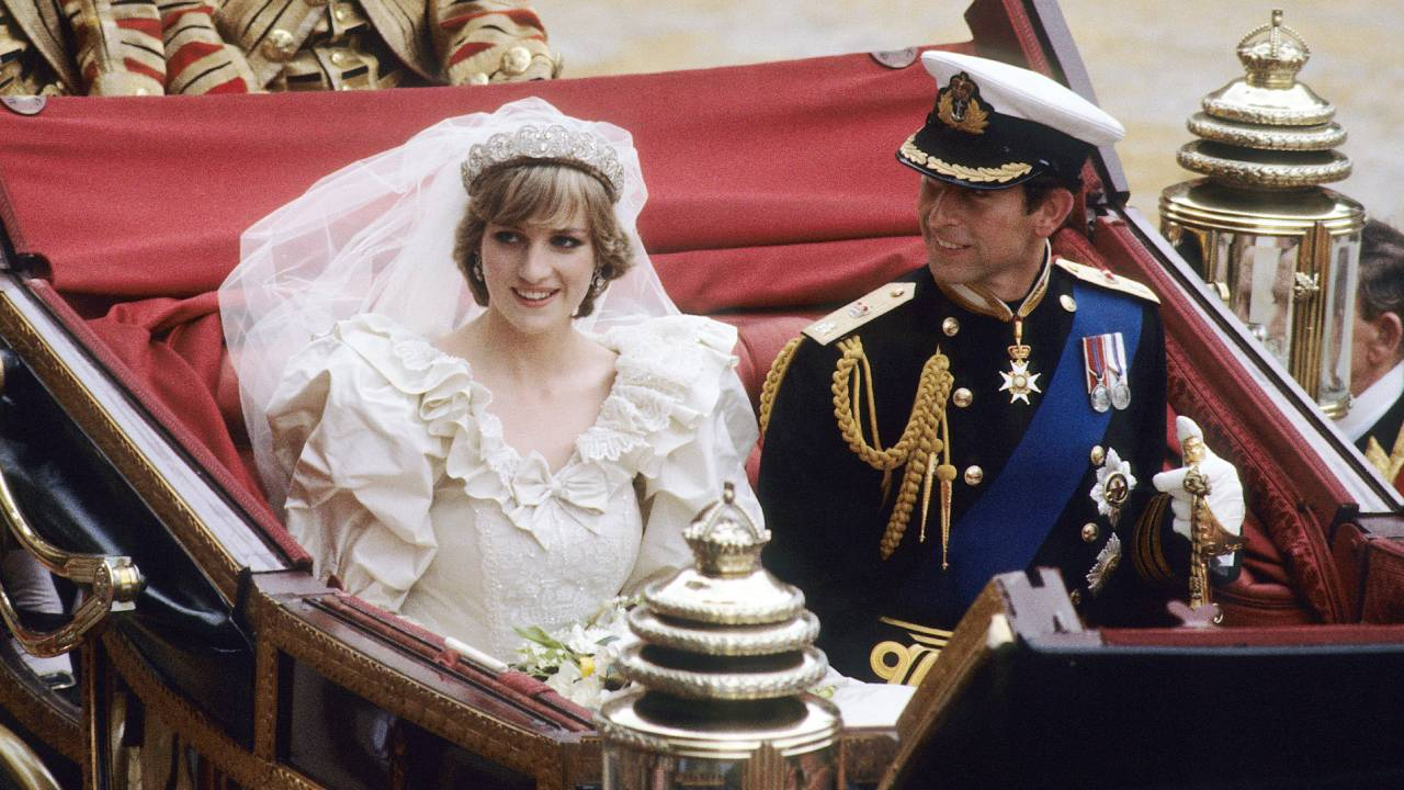 Princess Diana's wedding gown to be displayed for the first time in decades