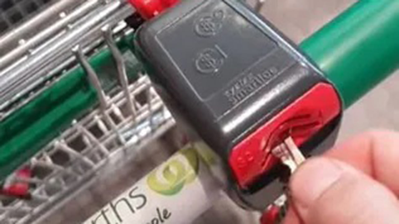 """Woolworths takes a stand against """"brilliant"""" trolley hack"""