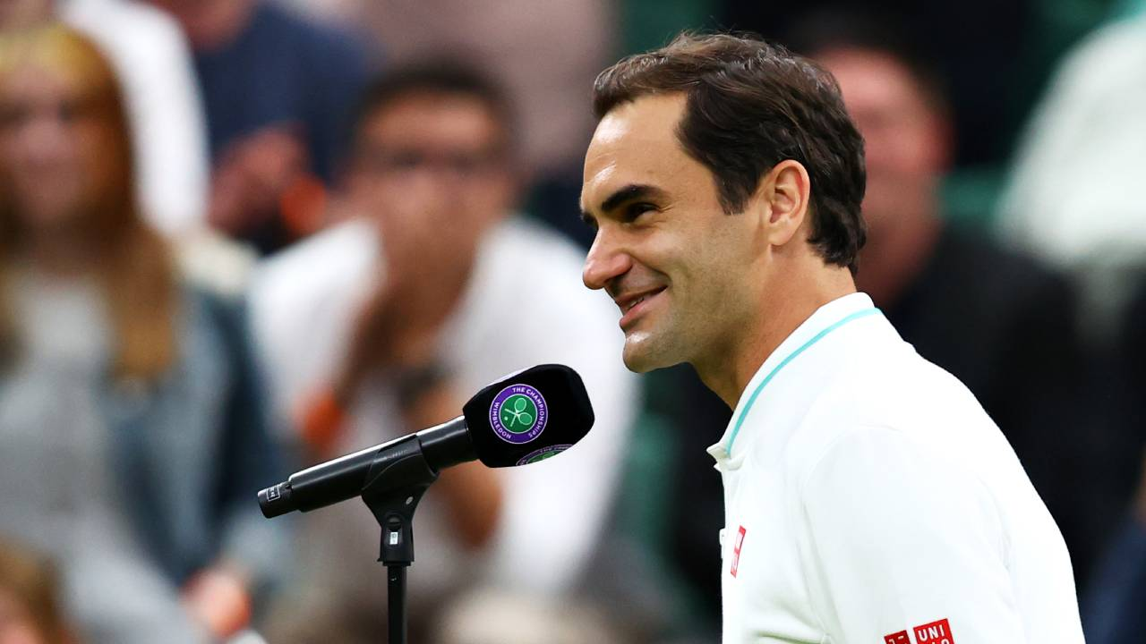 """""""My English is not good"""": Roger Federer stumped by interview question"""