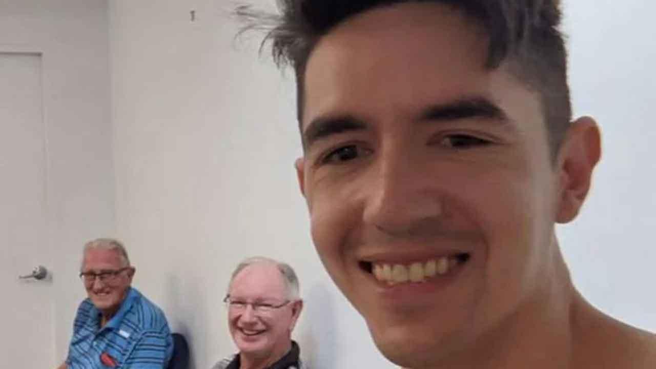 Sydney man under 40 gets FOUR vaccine jabs