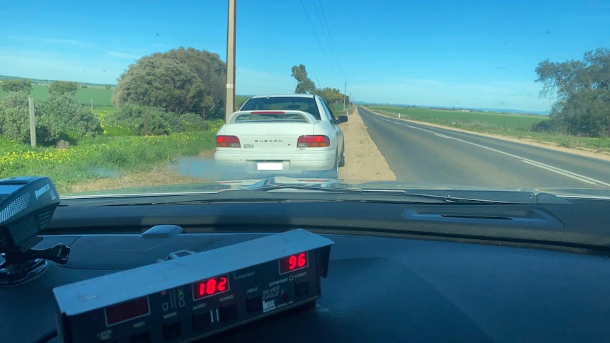 80-year-old speedster loses licence