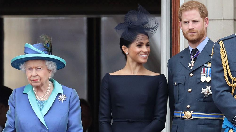 Queen Elizabeth 'seeks legal advice' over Harry's memoir