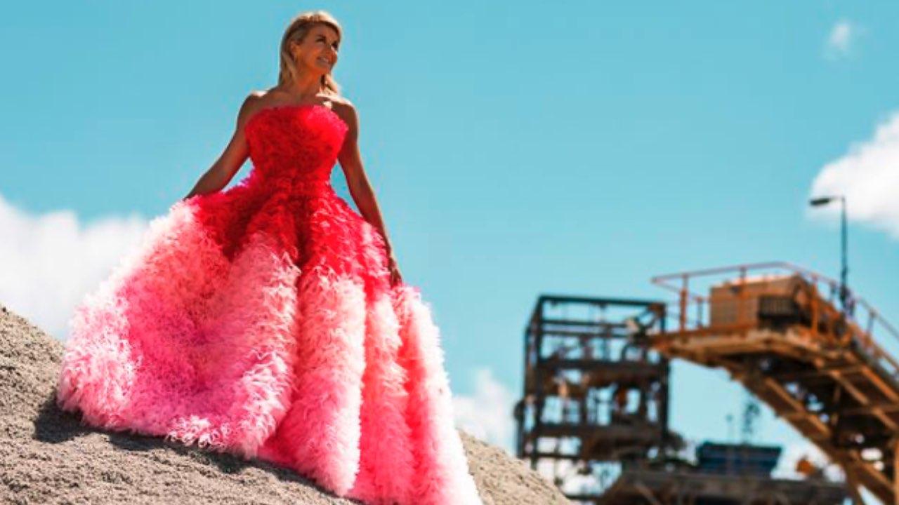 Fashion for a cause: Julie Bishop kicks off Frocktober