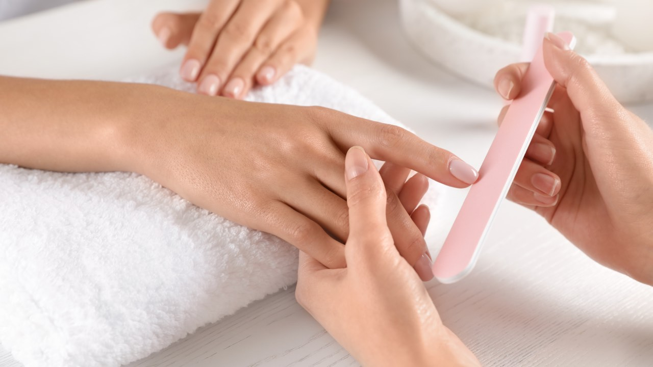 14 tips to get healthy, gorgeous nails
