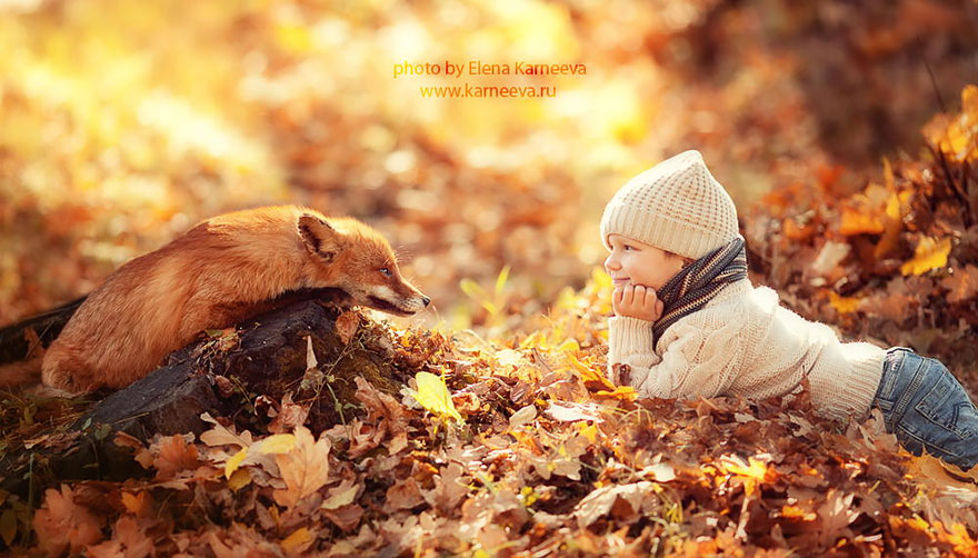 Amazing photos that capture the relationship between children and animals